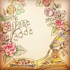 塗ってないように見える葉っぱ多い 笑 #大人の塗り絵 #塗り絵 #ぬりえ #コロリアージュ #ロマンティックカントリー #バラ #花 #coloringbook #coloriage #flower #romanticcountry #eriy #色鉛筆 #油性色鉛筆 #drawing