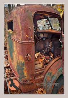 (cab over engine) Abandoned Vehicles, Abandoned Cars, Abandoned Places, Farm Trucks, Old Trucks, Pompe A Essence, Rust Never Sleeps, Rust In Peace, Rusty Cars