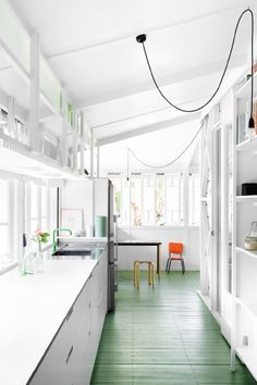 Green kitchen floor - via Coco Lapine Design House Design, Simple House, Kitchen Flooring, Home, Green Flooring, My Scandinavian Home, Green Kitchen, House Interior, Best Kitchen Designs