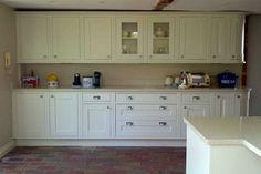 An Innova Harewood Alabaster Kitchen - http://www.diy-kitchens.com/kitchens/harewood-alabaster/details/