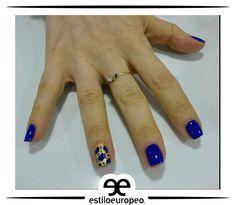 El azul rey es un hermoso color para proyectar tranquilidad y seguridad, combínalo con tu color favorito e imprímele tu personalidad Visítanos: Cll 10 # 58-07 Sta Anita Citas: 3104444 #Peluquería #Estética #SPA #Cali #CaliCo #PeluqueríaEnCali #PeluqueríasCali #BeautyHair #BeautyLook #HairCare #Look
