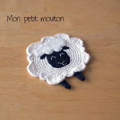 Free pattern for little sheep!! Warning... it's in French.  You can get the gist though