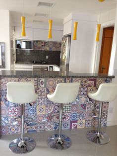 Apto em Porto Alegre - A alegria dos azulejos!!!projeto Arq. Dariana Tessari