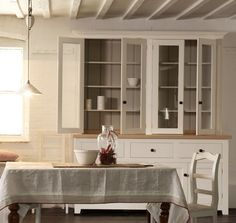 The Classic English Glazed Dresser by deVOL Kitchens at our Cotes Mill showrooms. The Classic Engl Simple Furniture, Classic Furniture, Kitchen Furniture, Vintage Furniture, Unfitted Kitchen, Cocinas Kitchen, Old Kitchen, Wooden Kitchen, Shaker Kitchen