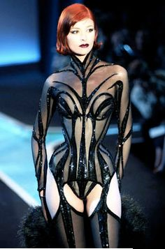 1000 images about thierry mugler on pinterest thierry for Thierry mugler a travers le miroir