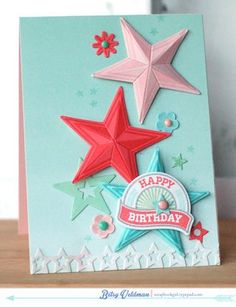 Awesome 3D star look by Betsy Weldman. (Tutorial linked) Love the use of enamel dots as well!