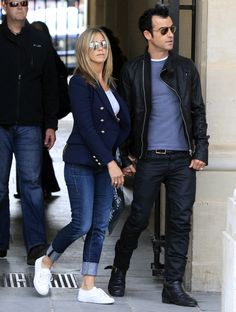 Cele|bitchy | Jennifer Aniston & Justin Theroux's casual photo-op ...