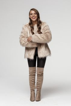 Firma SMOKE FURS wykorzystuje do produkcji swojej kolekcji jedynie materiałów imitujących prawdziwe futra. Bezpieczne zakupy i zawsze darmowa dostawa.  #sztucznefuterko #futerko #futrzanakurtka #beżowefuterko #futerkonude #futerkozimowe #grubefutro #polskiproducentfutersztucznych #futro #futrosyntetyczne #futroekologiczne #krótkiefuterko Sweaters, Dresses, Fashion, Gowns, Moda, Fashion Styles, Sweater, Dress, Vestidos