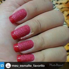 """""""#Repost @meu_esmalte_favorito with @repostapp.・・・Unhas By @marcelas_unhas via @PhotoRepost_app *ansiosa pela chegada do meu """"vermelho cristal' da #Avon"""" Photo taken by @alexandravicunaperry on Instagram, pinned via the InstaPin iOS App! http://www.instapinapp.com (03/04/2015)"""