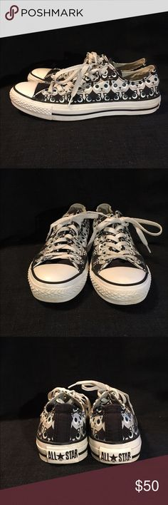 Unique size 8 cat print converse sneakers Super cute cat print size 8 converse sneakers, excellent condition and very gently used, this is a rare print, and so adorable! Converse Shoes Sneakers