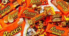 All 62 Reese's Candy Products, Ranked - Cups, Pieces… Pumpkins! There are more than 30 different Reese's Peanut Butter candies. Paletas Chocolate, Reese's Chocolate, Chocolate Caramels, Chocolate Cheesecake, Chocolates, Chocolate Candy Brands, Peanut Butter Candy, Favorite Candy, Food Is Fuel