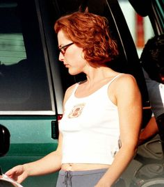 Gillian Anderson out in L. Gillian Anderson, Pretty People, Beautiful People, Dana Scully, David Duchovny, Star Wars, British Actresses, Academia, 90s Fashion