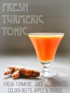 Fresh Turmeric Tonic- a cleaning healthy fresh juice with turmeric root, carrot, carrot, beet and apple! 10 Simple Powerful Turmeric Recipes to Heal, Sooth and Protect! Fresh Turmeric Root, Turmeric Juice, Turmeric Recipes, Turmeric Health Benefits, Buy Turmeric, Healthy Juices, Healthy Drinks, Detox Drinks, Recipes