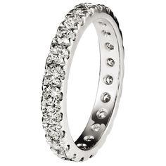 Tillanderin Black Label -malliston upea 494-allianssisormus. jossa on 0,06 ct WVS1 timantit. Sormuksen koko vaikuttaa timanttimäärään. Sormus on valmistettu 18 karaatin kierrätetystä kullasta. #tillander #vihkisormus #kihlasormus #sormus #weddingring #engagementring White Gold, Wedding Rings, Engagement Rings, Diamond, Bracelets, Black, Jewelry, Charm Bracelets, Jewellery Making