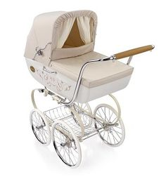 If I didn't need a double stroller, this is what I would be buying for baby Addyson-Inglesina Classica Vanilla Pram/Stroller Pram Stroller, Baby Strollers, Vintage Pram, Prams And Pushchairs, Dolls Prams, Baby Buggy, Baby Prams, Baby Bassinet, Baby Carriage
