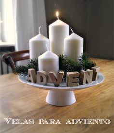 What a wonderfully simple way to create an Advent wreath and candles!
