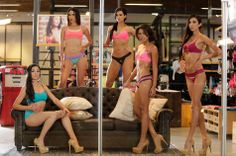 Grupo 3: Juliana Ramirez - Mayra Cervantes - Katherine Moscoso - Jessica Mata - Vanessa Ferraro . Colombia's Next Top Model, Temporada 2 Episodio 1 > Castings Maniquies Ropa Interior (GEF) ---------------------------------------------------- Group 3: Juliana Ramirez - Mayra Cervantes - Katherine Moscoso - Jessica Mata - Vanessa Ferraro . Colombia's Next Top Model, Cycle 2 Episode 1 > Castings Lingerie (GEF) Mannequins