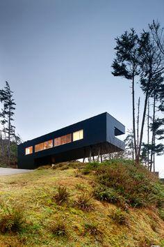 Tofino Residence | Rosie Bay, Tofino, British Columbia, Canada | AA Robins Architect