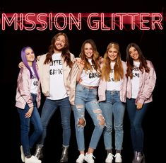 get to know our glitter gang! #essence #getyourglitteron #missionglitter #glittergang