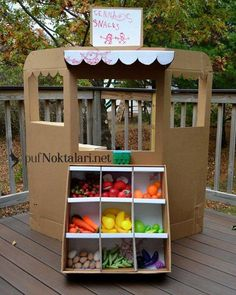 Best Ideas fruit and vegetables preschool activities dramatic play Dramatic Play Area, Dramatic Play Centers, Diy For Kids, Crafts For Kids, Carton Diy, Diy Karton, Cardboard Crafts, Cardboard Boxes, Cardboard Furniture