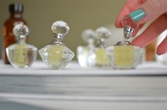 13 Ways to Make Your Own Perfume | http://hellonatural.co/13-ways-make-your-own-perfume/