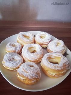 Věnečky Doughnut, Desserts, Food, Tailgate Desserts, Deserts, Essen, Postres, Meals, Dessert