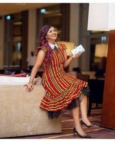 African Formal Dress, African Wedding Dress, Fancy Wedding Dresses, African Print Dresses, African Dresses For Women, African Fashion Dresses, Unique Dresses, Lovely Dresses, African Clothes
