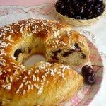 Pan brioche dolce farcito con confettura di ciliegie - wings of sugar
