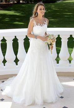 Brautkleid - Brautmode und Hochzeitskleider von Ladybird #weddingdress