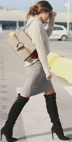 Street trends | Neutral knitted sweater, grey skirt, over the knee boots, handbag