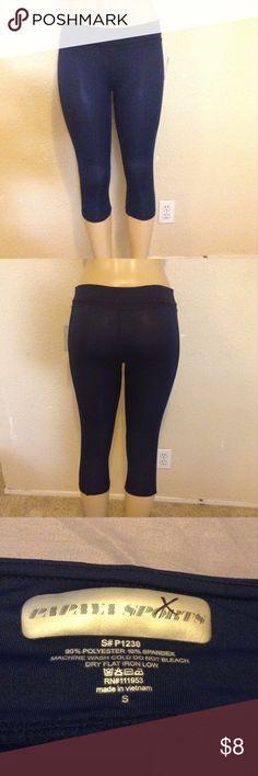 Small, Papaya blue leggings capri Small, Papaya blue leggings capri Papaya Pants Leggings