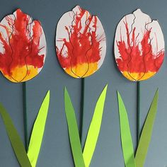 Maple leaf tulip fun with runny paint and straws! #mapleleaftulip #canadaday #canada150