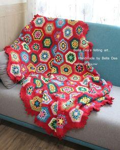 Crochet blanket  #belladea #blanket #crocheting #crochetaddict #crochetlove #crochetblanket  #벨라디아 #손뜨개블랭킷 #손뜨개  #크로쉐 #크로쉐블랭킷 #블랭킷뜨기  #블랭킷 by belladeafelt