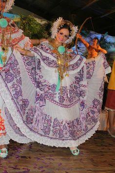 La Pollera de Panama (Reina de Calle Abajo de Las Tablas 2015)