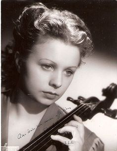 """Celliste Maud Tortelier (1951) married Paul Tortelier. Exceptional is the fact that he withdrew his children from formal education to concentrate on music. He was asked during an interview on British TV if there were not authorities in France that make you send children to school, he replied, """"I am a soloist and they will be soloists."""" On the question """"but what happens if they don't become soloists?"""" he answered:  """"If you start thinking about what will happen if you don't succeed, you…"""