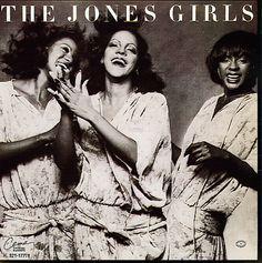 jonesgirls~_jonesgirl_102b.jpg 548×552 pixels