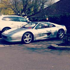 Ferrari F355 looking lovely in silver