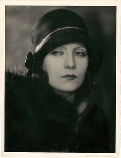 ❤ - Greta Garbo by Ruth Harriet Louise.