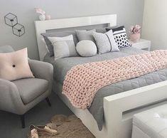 Imagen de baby pink, bedroom, and interior Pink And Grey Room, Pink Gray Bedroom, Grey Bedroom Decor, Room Design Bedroom, Bedroom Decor For Teen Girls, Cute Bedroom Ideas, Stylish Bedroom, Room Ideas Bedroom, Gray Bedding