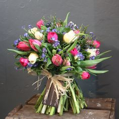 Trendy Ideas for flowers spring bouquet floral arrangements Spring Flower Bouquet, Tulip Bouquet, Flower Bouquet Wedding, Spring Flowers, Unique Flower Arrangements, Hand Tied Bouquet, Order Flowers Online, Blossom Flower, Pretty Flowers