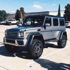 new mercedes g wagon squared. new mercedes g wagon squared. Mercedes Auto, Mercedes Benz C300, New Mercedes G Wagon, Van Mercedes, Mercedes G Wagen, Mercedez Benz, Lux Cars, Honda Civic Type R, Suv Trucks