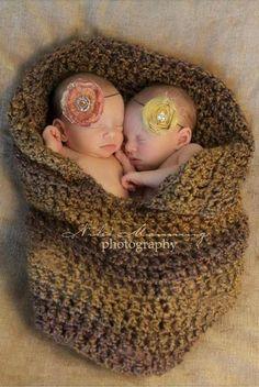 twins by cornelia