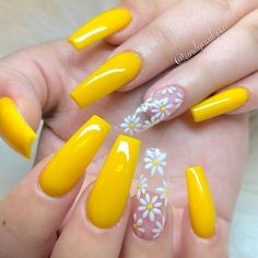 Cute yellow coffin spring nails with accent translucent floral nail If you are searching for cute nail colors for spring and beautiful spring nail designs then check our Stylish nails especially Floral nails and butterfly nails. Yellow Nails Design, Yellow Nail Art, Acrylic Nails Yellow, Neon Yellow Nails, Cute Spring Nails, Fall Nails, Nail Summer, Holiday Nails, Spring Nail Colors