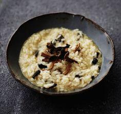 Basbasin sienirisotto Pasta Recipes, Feta, Risotto, Coffee Shop, Main Dishes, Oatmeal, Good Food, Breakfast, Ethnic Recipes