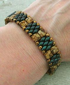 Linda's Crafty Inspirations: Bracelet of the Day: Regina Bracelet #beading #beadwork #jewelrymaking