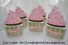 Organized Chaos...: Cupcake Birthday Invitations