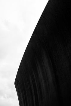WAKE (2003): RICHARD SERRA - MATT NIEBUHR