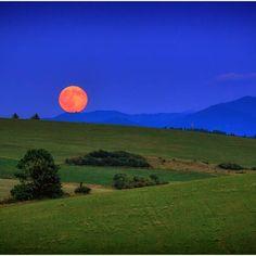 Moonrise - Jaroslav Zahradník
