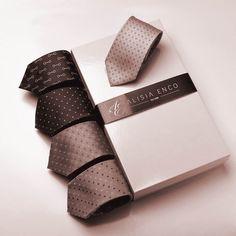 Camasa si cravata pentru barbati by ALISIA ENCO – ALISIA ENCO Men Shirts, Tie, Accessories, Mens Fashion Shirts, Cravat Tie, Men Shirt, Ties, Men's Dress Shirts, Jewelry Accessories