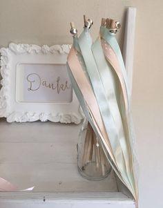 Wedding Wands rosa - Hochzeitsstäbe mit Glöckchen in silber oder gold Wedding Wands, Clothes Hanger, Wedding Decorations, Dani, Pink, Guest Gifts, Silver, Coat Hanger, Clothes Hangers